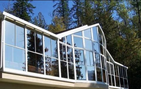 steklo-v-interere fasada