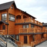 Дом из клееного бруса: преимущества  и недостатки