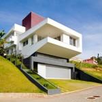 Строительство дома на склоне. Как правильно выбрать место постройки будущего дома.