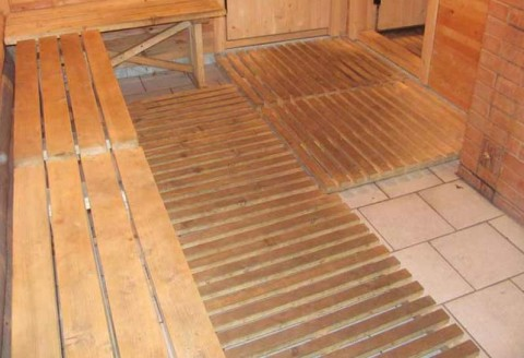 деревянные мостки (трапики) в бане