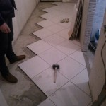Ремонт пола в коридоре фото