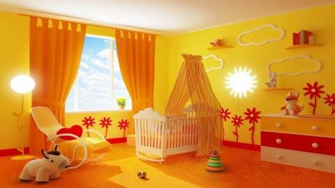 Ярко желтый цвет комнаты