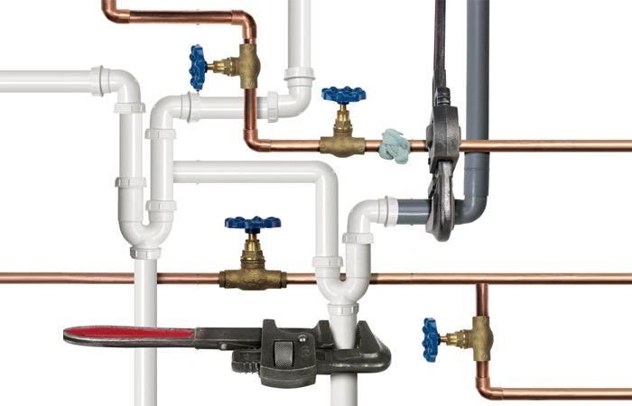 vybor trub Как спрятать водопроводные трубы и сливы в ванной и на кухне Фото