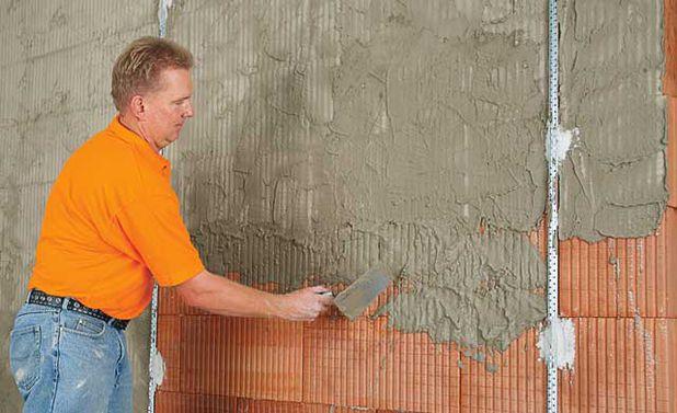 Штукатурка кирпичных стен своими руками видео