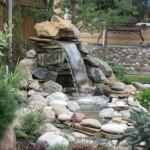 Каскады и водопады, как прекрасное дополнение ландшафта загородного дома