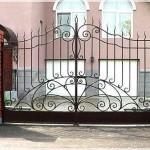 Ворота из металла – визитная карточка каждого дома