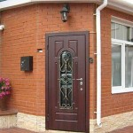 Как выбрать железную входную дверь