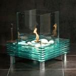 Камин из стекла