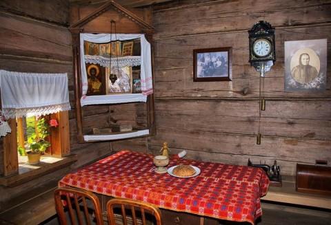 Современный интерьер дома в русском стиле