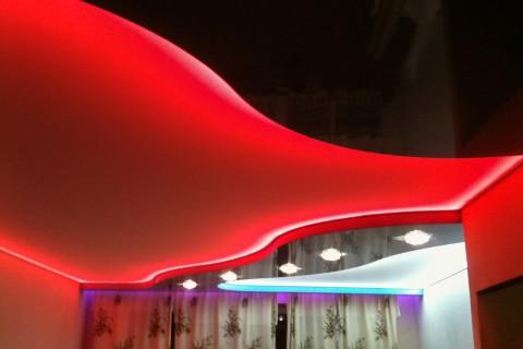 Фото комбинированных натяжных потолков