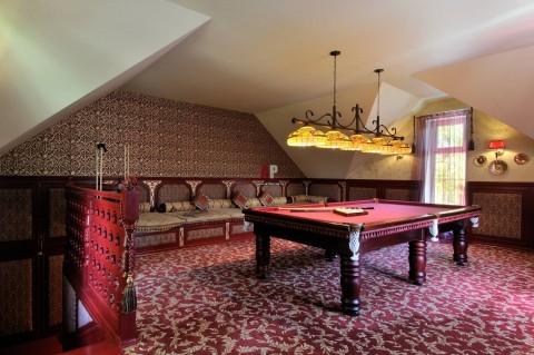 mansarda billiard