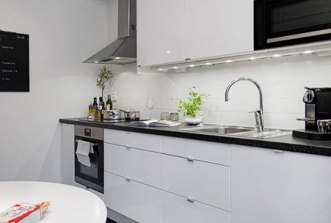 small-Swedish-apartment-10